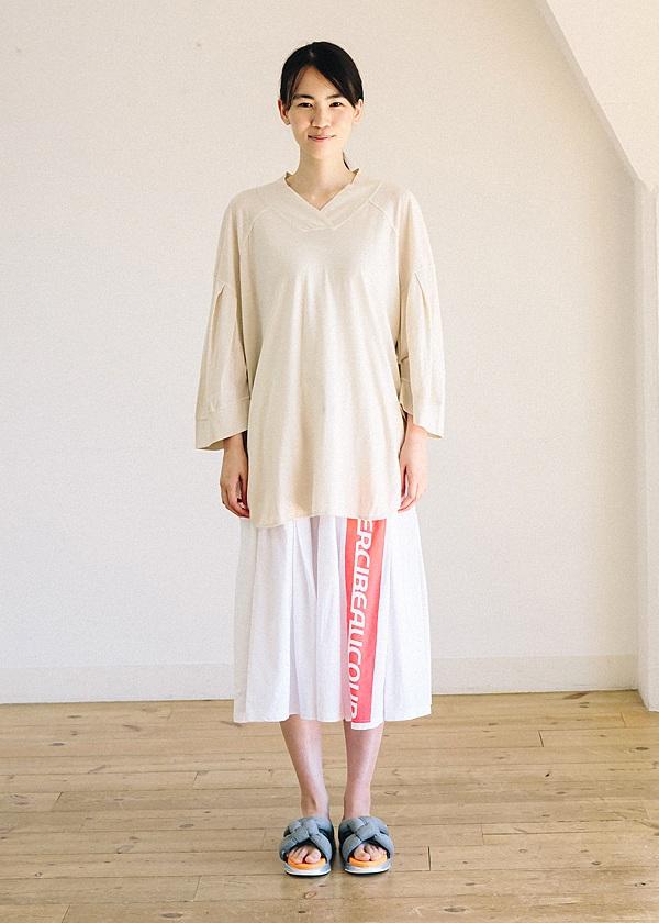 メルシーボークー、 / B:ロゴスポ / スカート