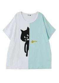にゃー / ドアからにゃー T / Tシャツ