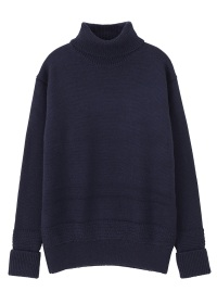 S wool turtre knit